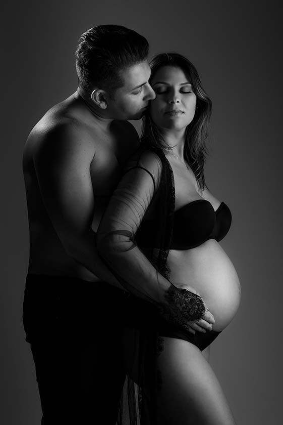 ensaio fotográfico de gestante com marido